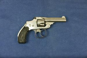 Smith & Wesson  32 safety Hammerless 2d model.   cal 32 S&W.   VENDU