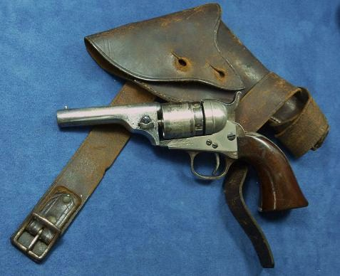 Colt  1849  conversion d'usine .  Cal 38  centerfire.